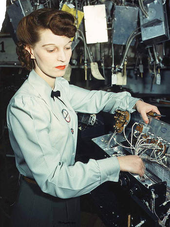 Rare color photos 1940s working women  Photo 1  Pictures  CBS News