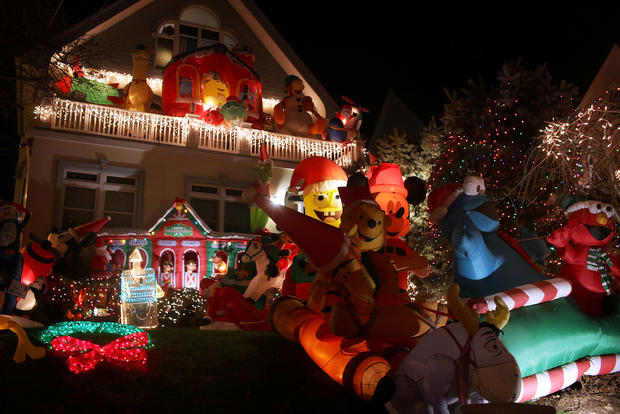 Stunning Christmas Lights Photo 20 Pictures CBS News