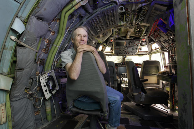 Portland Oregon  Portland man lives in a Boeing 727  Pictures  CBS News