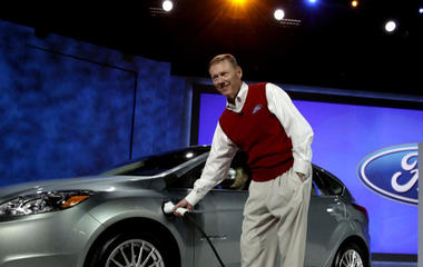 Ford invests $4.5B in electric cars