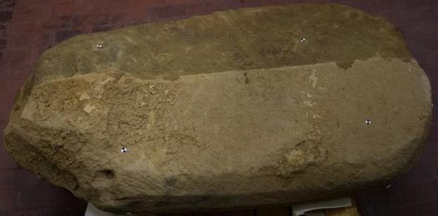 etruscan-stele.jpg