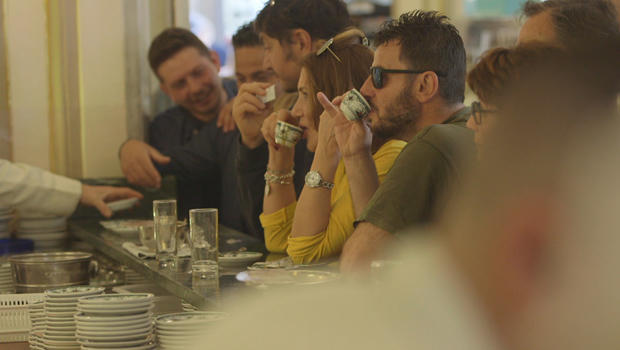 coffee-enjoying-espresso-at-caffe-gambrinus-in-naples-620.jpg