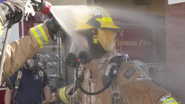 tuscon-firefighters-hose-down-620.jpg