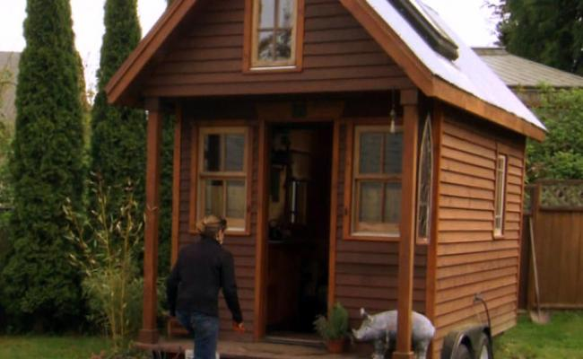 Inside The Tiny House Movement How One Woman Downsized