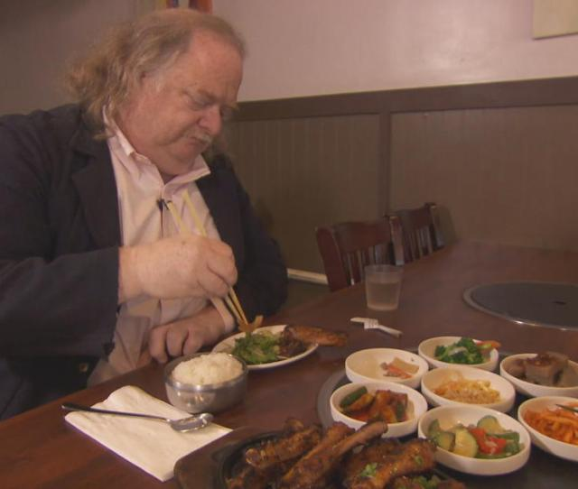 Los Angeles Times Food Critic Jonathan Gold Tours City Of Gold In New Documentary Cbs News