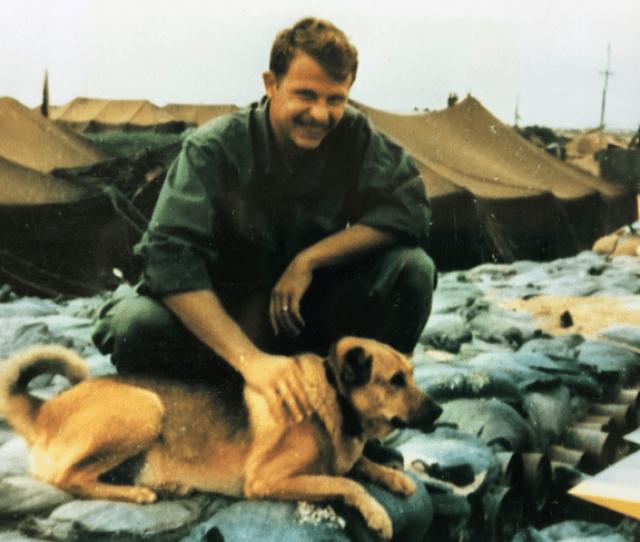 A Soldier Says A Strangers Christmas Card Got Him Through Vietnam He Just Met The Sender Cbs News