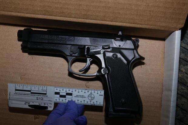 replica-gun.jpg