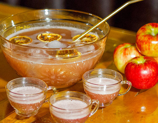 apple-harvest-punch-laird-and-company-620-v.jpg