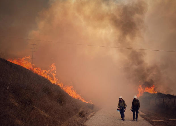 , Alisal Fire prompts evacuations, power shutoffs and wind advisories, The Evepost National News