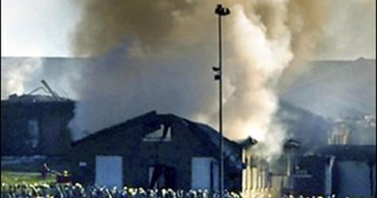 Rioting Inmates Set Ky Prison Ablaze CBS News