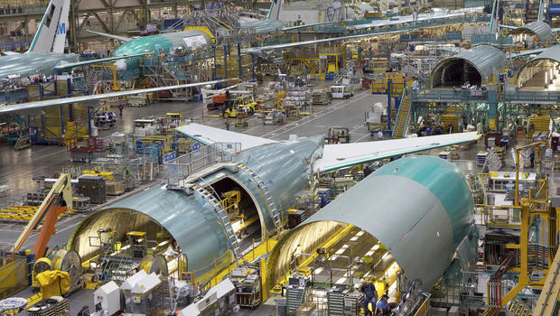 Boeing engineers tech workers voting on contract  CBS News