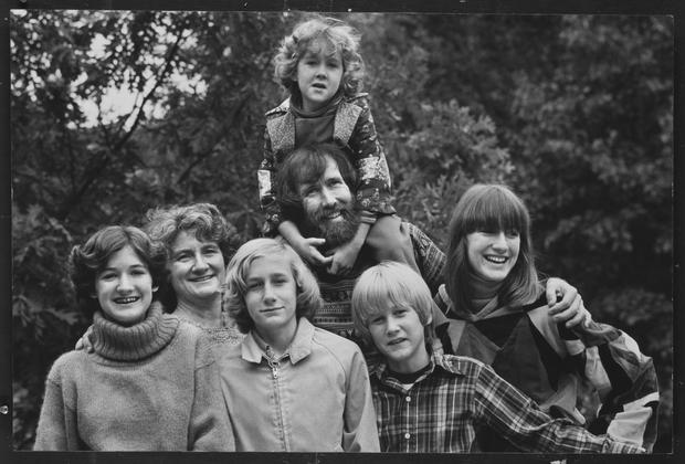 The Life Of Jim Henson Photo 5 Pictures CBS News