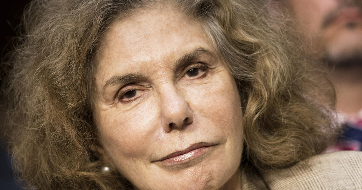 Teresa Heinz Kerrys seizures may have been caused by 2009 concussion  CBS News