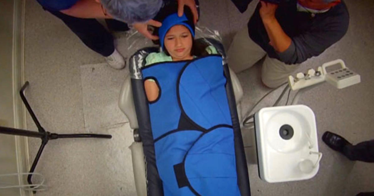 Dentists controversial restraint for kids sparks debate