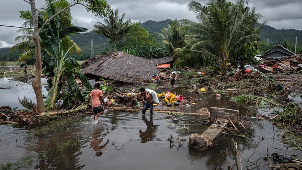 Tsunami slams Indonesia