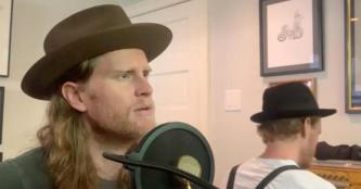 "Saturday Sessions: The Lumineers perform ""Life In The City"""