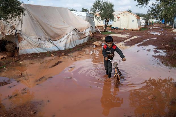 Heavy rain floods Syrian refugee camps in Idlib