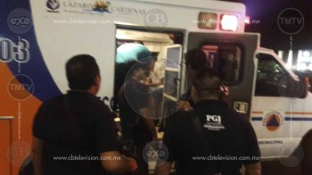Riña callejera en Lázaro Cárdenas acaba en sangre y muerte