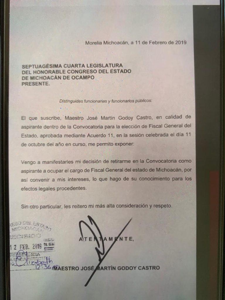 Renuncia procurador a candidatura a Fiscal de Michoacán