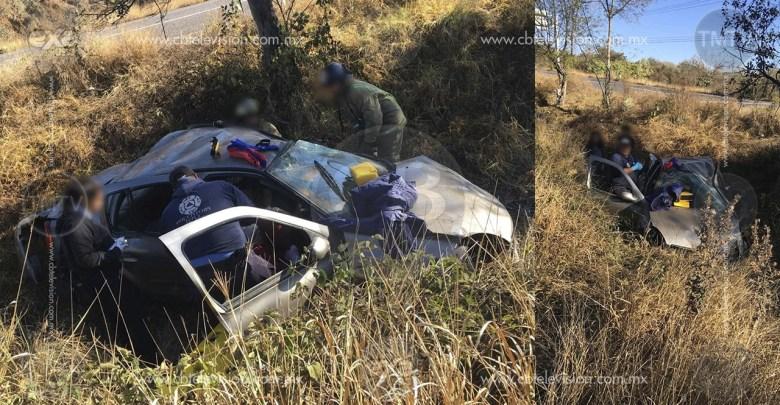 Mujer resulta lesionada por accidente vehicular en la Morelia-Pátzcuaro