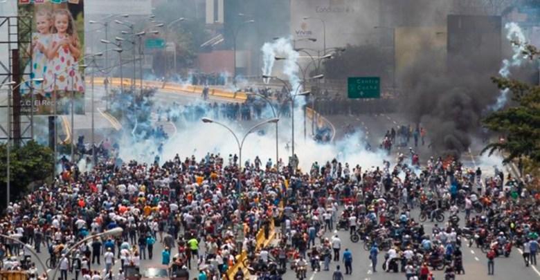 Venezolanos están hartos de su situación, manifestación contra Maduro deja varios heridos y atropellados