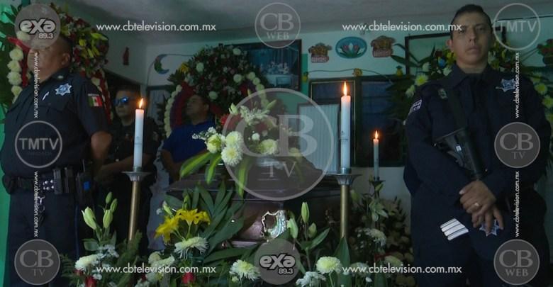 Bomberos y policías de Tarímbaro dan el pésame a familiares de compañeros caídos
