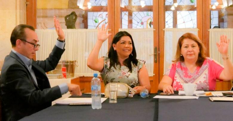 Avanza resolución sobre juicio político contra el finado presidente municipal de Nahuatzen, y designación de síndica sustituta en Buenavista