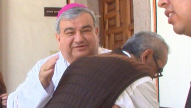 ¡Felicidades papás!: Arzobispo de Morelia