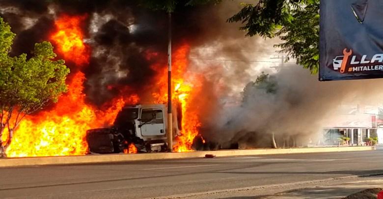 Tráiler sin frenos deja 7 muertos y más de 30 heridos