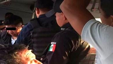 Hombre eyacula sobre una joven en el trasporte público; pasajeros lo golpean