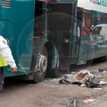 Explotan granadas de fragmentación en un autobús de pasajeros