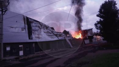 Continúan labores de combate a incendio de fábrica en Ciudad Industrial