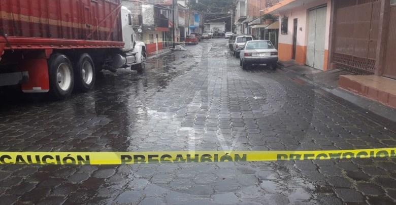 Chófer de camioneta es asesinado a balazos en Uruapan