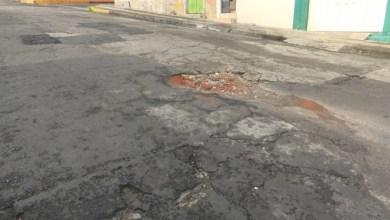 Photo of Vecinos de la colonia Obrera exigen una mejora inmediata en sus vialidades