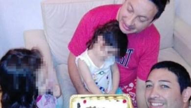 Photo of Niña con VIH es adoptada por pareja gay tras ser rechazada por otras familias
