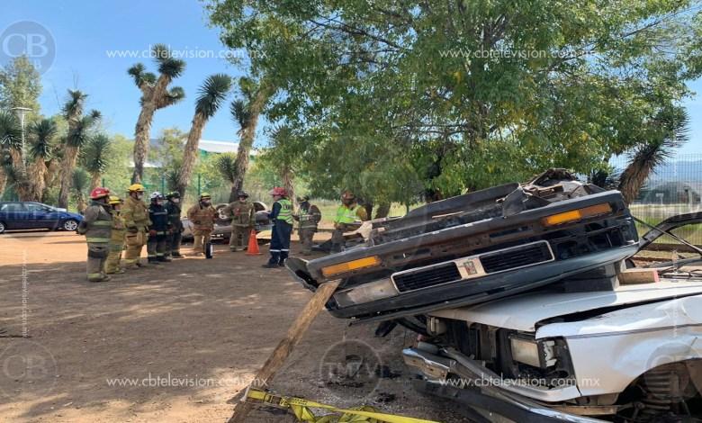 Bomberos brindan conocimientos de extracción de vehículos siniestrados en Morelia