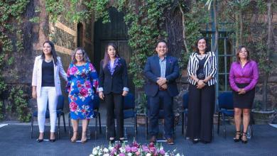 Photo of Con hechos, Víctor Manríquez refrenda su apoyo a las mujeres