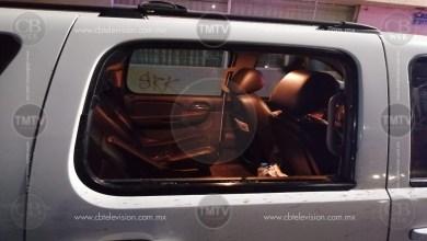 Photo of Cristalean camioneta del Edil de Los Reyes en Morelia y le roban 3 armas largas a sus escoltas