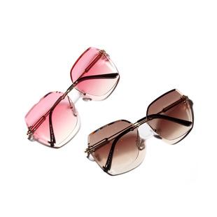 復古大框眼鏡_a18907邊框大切割面太陽鏡 復古大框眼鏡 2019新款墨鏡男 - 阿里巴巴