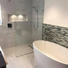 2 Fall Wet Room Freestanding Bath – Little Eversden