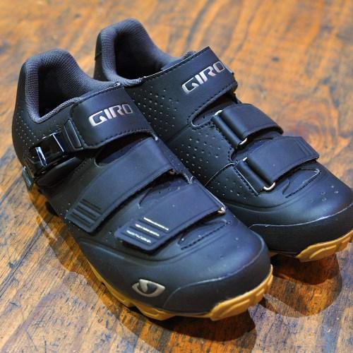 *新入荷情報「GIRO Privateer R HV Black/Gum(39size)」