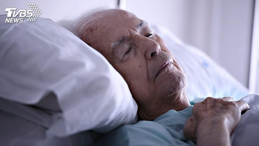 老人沒失智但健忘 疑與睡眠腦節律有關│TVBS新聞網