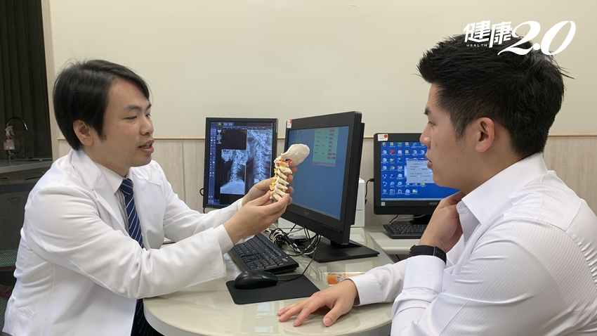 除了手麻,頸椎骨刺也會造成聲音沙啞? 3招幫脊椎釋壓|健康2.0