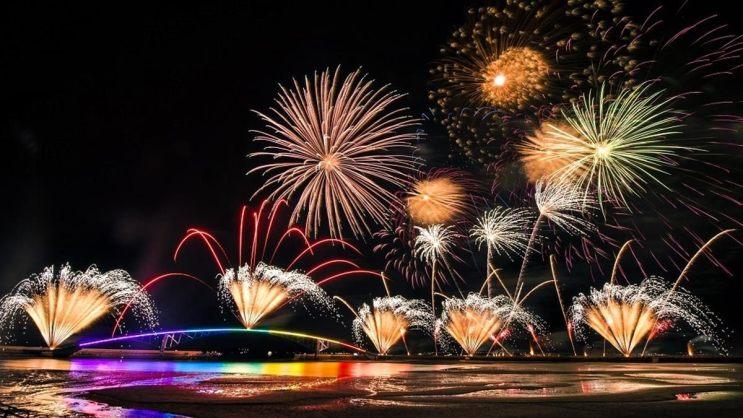 先安排行程囉!2021「澎湖海上花火節」日期公布,連續3個月舉辦23場炫目煙火秀| 食尚玩家