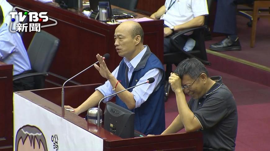 韓國瑜王世堅議會交戰 口渴被嗆:流氓也可以喝水?│TVBS新聞網