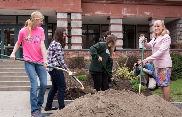 Sage students bury time capsules in honor of 100th anniversary
