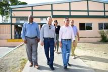 Luis Estrella Director Ejecutivo del CCDF, realiza visita sorpresa a empresas acogidas por la Ley 28-01, en MonteCristi.