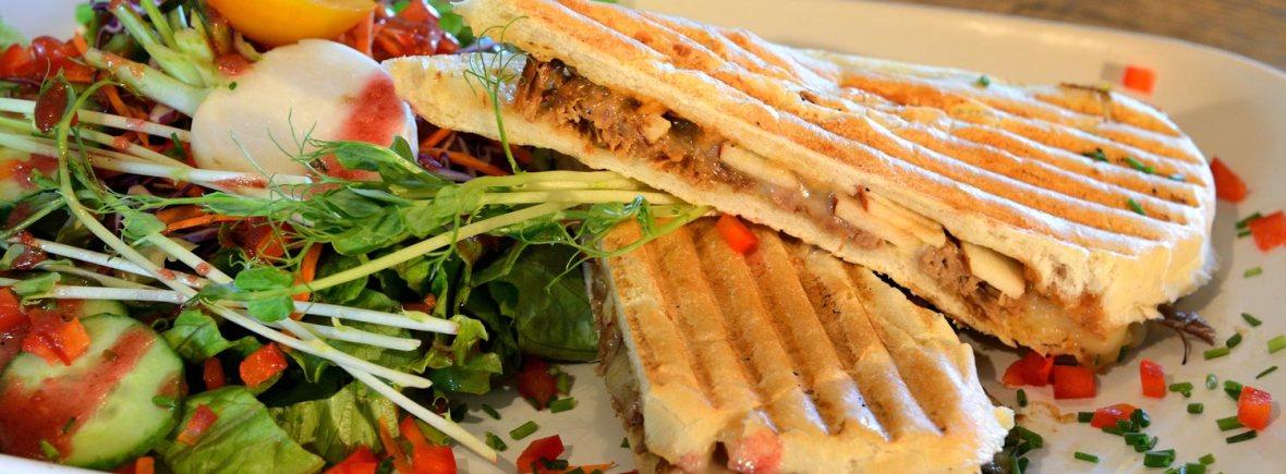 Panini du Café du Flâneur à Saint-Camille, crédit photo http://cafeduflaneur.org/