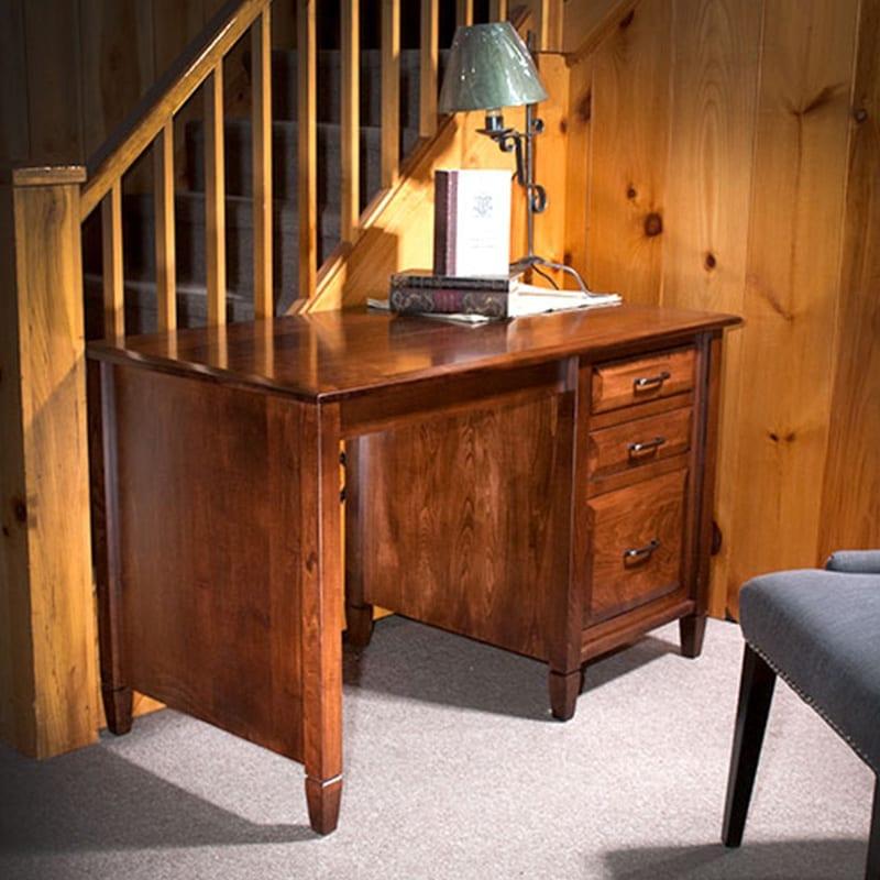 Rocky Mountain Highlight Single Pedestal Desk