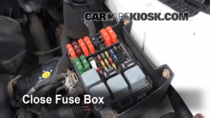 Replace a Fuse: 19902005 Chevrolet Astro  2001 Chevrolet